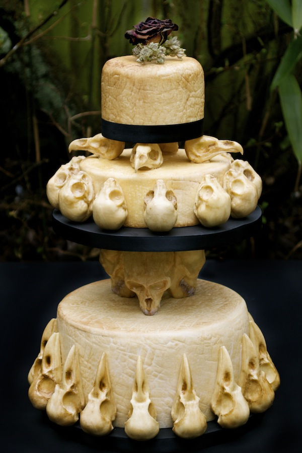 horror wedding cake | Occasional Grue
